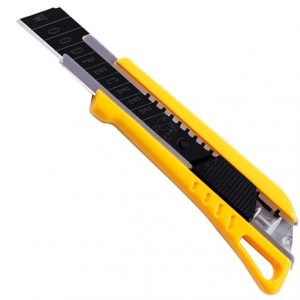 yellow-18mm-snap-off-knife